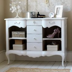 Vintage Bedroom Furniture Inspiration Vintage Bedroom Furniture  Love This Super Girly Look For A Guest Decorating Inspiration