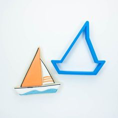 Modern Sailboat Cookie Cutter - Frosted - 1