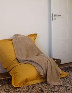 Girls Bedroom, Teen, Blanket, Home, House, Girl Bedrooms, Teenagers, Rug, Homes