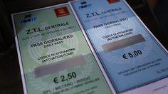 Offerte di lavoro Palermo  Sono almeno diecimila i permessi temporanei acquistati per la zona a traffico limitato nel centro della città  #annuncio #pagato #jobs #Italia #Sicilia Palermo: ristoranti hotel e negozi. Boom di vendite per i pass della Ztl