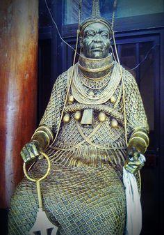 Oba of Benin Statue