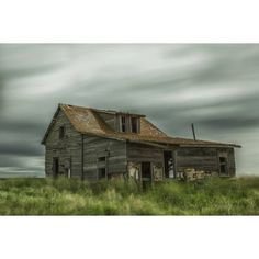 Long exposure of clouds going over an abandoned house Val Marie Saskatchewan Canada Canvas Art - Robert Postma Design Pics (19 x 12)
