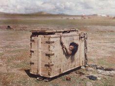 açlıktan ölüme mahkum edilen moğol kadını