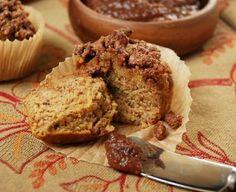 paleo pumpkin streusel muffin
