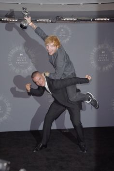 And celebrated like this with the director? | 39 Things Ed Sheeran Did In 2014 That Were Utterly Perfect
