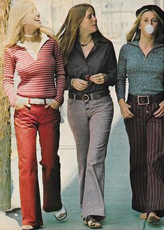 Just Seventeen August 1971. 'Have you ever had a bad time in Levi's?' early 70s pants red grey stripes brown black shirt tops casual