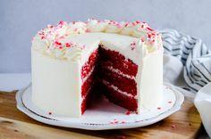 Red Velvet Cake Frosting, White Chocolate Buttercream, White Chocolate Ganache, Pistachio Cake, Bowl Cake, Homemade Chocolate, Yummy Cakes, Cake Recipes, Dessert Recipes