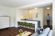A Hard-Working House in the City : Remodelista - Exhilarating SMART DESIGN!
