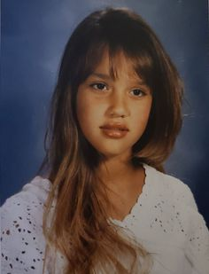 Young Jessica Alba, Jessica Alba Hot, Jessica Alba Pictures, Jessica Alba Style, Beautiful Female Celebrities, Angel Aesthetic, Bare Face, Marie, Celebs