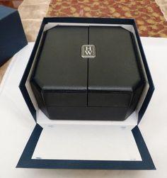 ESTATE AUTH HARRY WINSTON WATCH OR BRACELET DOUBLE DOOR LEATHER SUEDE BOX EMPTY
