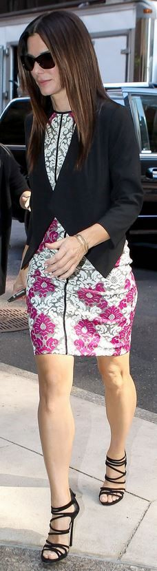 Who made  Sandra Bullock's pink floral dress and black sandals that she wore in New York on October 1, 2013?