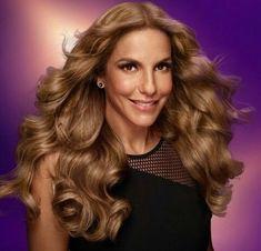 103 melhores imagens de IVETE SANGALO   Divas, Celebrities e Sabrina ... 066b1bc270