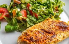 Chicken Mascarpone Recipe - Chicken breast stuffed with a creamy mascarpone cheese filling. Cooked in the oven or barbecue and served with a white wine sauce. Moist Chicken, Healthy Chicken, Baked Chicken, Clean Chicken, Chicken Salad, White Chicken, Stuffed Chicken, Chicken Chili, Mustard Chicken