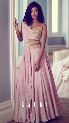 #lehenga #lehengacholi #lehengadesigns #lehengablousedesigns #bridal #bridalparty #bridaldresses #bridalgown #bridallehenga #bridalwear