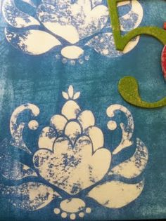 Erica Bass - Stamping Starlette: Stamping with Bleach on scrapbook paper, paper towel on tray, Ornate Blossom stamp Fabric Painting, Fabric Art, Fabric Crafts, Paper Crafts, Watercolor Fabric, Paper Paper, Blue Fabric, Diy Projects To Try, Art Projects