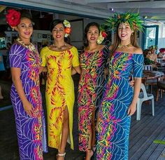 Inangarodesign -Cook islands style These dresses tend to be very bright and full of patterns from the islands. I highly recommend them. Samoan Designs, Polynesian Designs, Island Wear, Island Outfit, Tropical Fashion, Tropical Dress, Hawaiian Fashion, Island Style Clothing, Clothing Styles