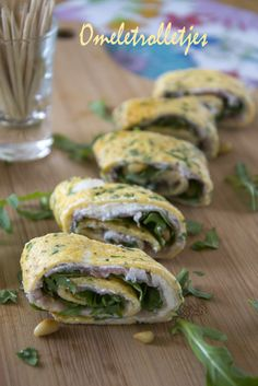 Omelet rolls With Rocket and Ham (in Dutch). Gluten free snack or lunch