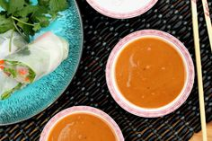Delicious and easy peanut sauce used for dipping, marinade or as a cooking sauce for fresh spring rolls, appetizers, meat marinades or salad dressing. Homemade Peanut Sauce, Easy Peanut Sauce, Peanut Dipping Sauces, Peanut Sauce Recipe, Spicy Peanut Sauce, Peanut Butter, Spring Roll Sauce, Sandwich Sauces, Vegan Apps
