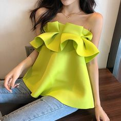 One necked strapless vest beach seaside vacation top – Jartini women tops women shirts blouse shirts blouses classy shirts women blouse casual casual shirts Casual Chic Outfits, Holiday Blouses, Jugend Mode Outfits, Stylish Tops, Western Outfits, Look Fashion, African Fashion, Blouse Designs, Blouses For Women