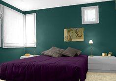 farbgestaltung f r ein schlafzimmer in den wandfarben rubinrot moosgr n cashmere. Black Bedroom Furniture Sets. Home Design Ideas