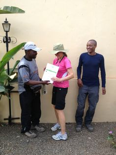 Here we get our certificates. Photo Gallery – Eva Melusine Thieme