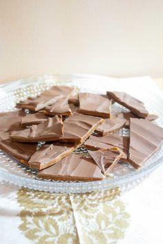 Joulukarkit – poimi ohjeet ja tee itse! | Maku Toffee, Yummy Cakes, Christmas Cookies, Fudge, Panna Cotta, Peanut Butter, Sweet Tooth, Healthy Lifestyle, Sweet Treats