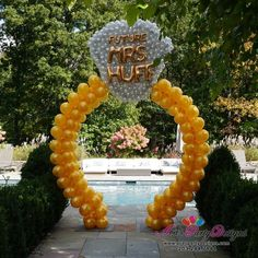 Engagement Ring and Bridal Shower Balloon Decor.Walk-thru Diamond Ring Balloon Arch Sculpture. Engagement Ring and Bridal Shower Balloon Decor. Balloon Tower, Ballon Arch, Balloon Columns, Balloon Garland, Balloon Backdrop, Balloon Balloon, Bridal Shower Balloons, Wedding Balloons, Balloon Centerpieces