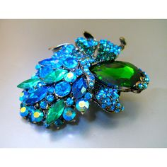 Large Floral Blue Green Brooch, Teal ABs Rhinestones, Vintage ($39) ❤ liked on Polyvore featuring jewelry, brooches, floral brooch, vintage rhinestone brooch, rhinestone broach, green brooch and vintage brooches
