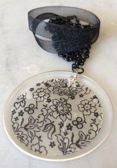 Mhysterical blackline necklace