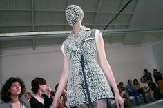 MAISON MARTIN MARGIELA COUTURE F/W 2012-13 SHOW at Espace Commines, Paris - click to see more pictures