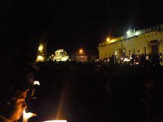 Semana Santa - Procesión Sepultado de la Escuela de Cristo (Antigua Guatemala, 2014)