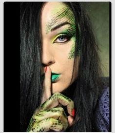Halloween Make-up: Schlange Maquillaje Halloween, Halloween Makeup, Halloween Costumes, Diy Halloween, Halloween Halloween, Vintage Halloween, Dragon Makeup, Fantasy Make Up, Dragon Costume