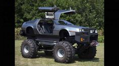 Este se me antoja más destrozo: todo un Delorean DMC-12 convertido en un 'monster truck' - Redacción