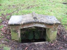 Lady's Well, Lower Swell, Gloucestershire