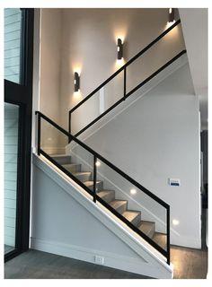 Modern Stair Railing, Stair Railing Design, Home Stairs Design, Interior Stairs, Modern Stairs Design, Glass Stairs Design, Modern Design, Stair Decor, Glass Wall Design