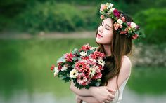 Asian Brides With Bouquet Flowers