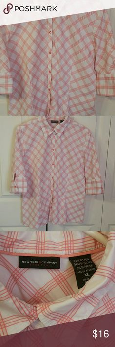 SPRING TIME! BLOUSE Beautiful excellent quality white button down blouse with stitched checkered coral design. 3/ 4 sleeves with buttons, does have stretch! New York & Company Tops