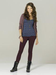 Sarah Hyland as Haley Dunphy in #ModernFamily - Season 3