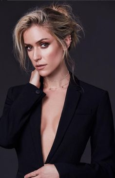Kristen Cavallari launches all natural makeup line Kristin Cavallari Hair, The Skinny Confidential, Black Hills Gold Jewelry, All Natural Makeup, Celebs, Celebrities, Trendy Hairstyles, Wedding Hairstyles, Look Fashion