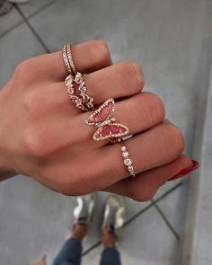 Cute Jewelry, Jewelry Box, Jewelry Accessories, Fashion Accessories, Fashion Jewelry, Jewlery, Fashion Clothes, Fashion Fashion, Fashion Women