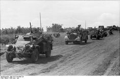 Sd.Kfz. 223 Panzerspähwagen (Fu), 24. Pz.Div, Russia center/north, June 1941.