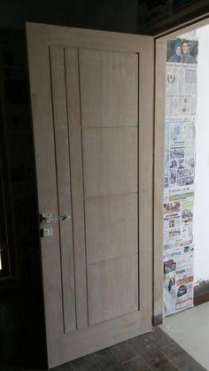 Pintu single kamper samarinda. 1,8 juta-an (include gawang kusen).  Fast respon : 082-135-403-369 Kirim ke seluruh Indonesia atau langsung datang ke workshop kami (pm).