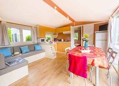 Le séjour  #locationcamping #locationvacancecamping #YellohVillage #mobilhome #emplacements #hebergementsinsolites #camping5etoiles  http://www.camping-bretagne-oceanbreton.fr/location/cottage-6personnes-3ch.html