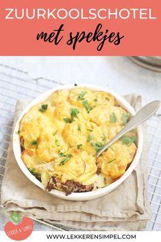 Deze zuurkool-ovenschotel met spekjes en gehakt is lekker en makkelijk te bereiden. In iets meer dan een half uur staat dit smaakvolle gerecht op tafel. Serveer eventueel nog wat rauwkost bij de zuurkool-ovenschotel. Diner Recipes, Dutch Recipes, Oven Recipes, Typical Dutch Food, Cooking For Dummies, Low Carb Brasil, Easy Recipes For Beginners, Healthy Chicken Dinner, Healthy Summer Recipes