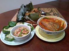 BBQ stingray, assam curry fish and otak otak and prawn salad. Stingray Fish, Prawn Salad, Cooking Classes, Fish Recipes, Bbq, Curry, Ethnic Recipes, Food, Barbecue