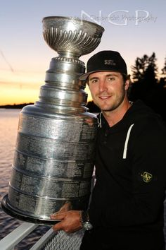 The GM of the Stanley Cup champion Los Angeles Kings was hoping to hear from Mike Richards what he needed to hear. La Kings Stanley Cup, Stanley Cup Champions, Hockey Baby, Ice Hockey, Mike Richards, Ontario Reign, La Kings Hockey, Hockey Season, Sports Fanatics