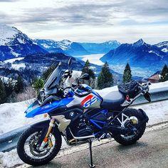 wissTool CS Plus Victorinox _______________________________________ Victorinox SwissTool CS Plus, также именуемый Bmw Motorbikes, Adventure Tours, Girls Be Like, Touring, 4x4, Cartoon, Travel, Instagram, Sportbikes