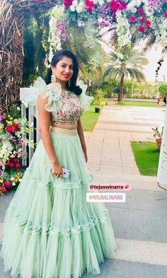 New Fun Kids Closet Clothes 38 Ideas Indian Wedding Gowns, Indian Gowns Dresses, Indian Fashion Dresses, Indian Designer Outfits, Designer Dresses, Indian Outfits, Half Saree Designs, Lehenga Designs, Blouse Designs