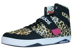 6c3500aa978 adidas Space Diver 2.0 Womens Sneakers - Shoes  Amazon.ca  Shoes   Handbags