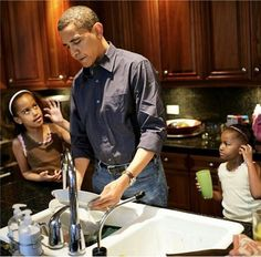 Barack Obama and his daughters Malia and Sasha